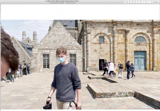 2_lecture_video_dans_Photos.jpg